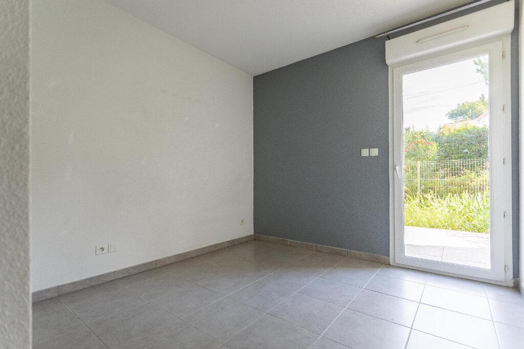 Appartement à vendre 3 70.67m2 à Marseille 9 vignette-4
