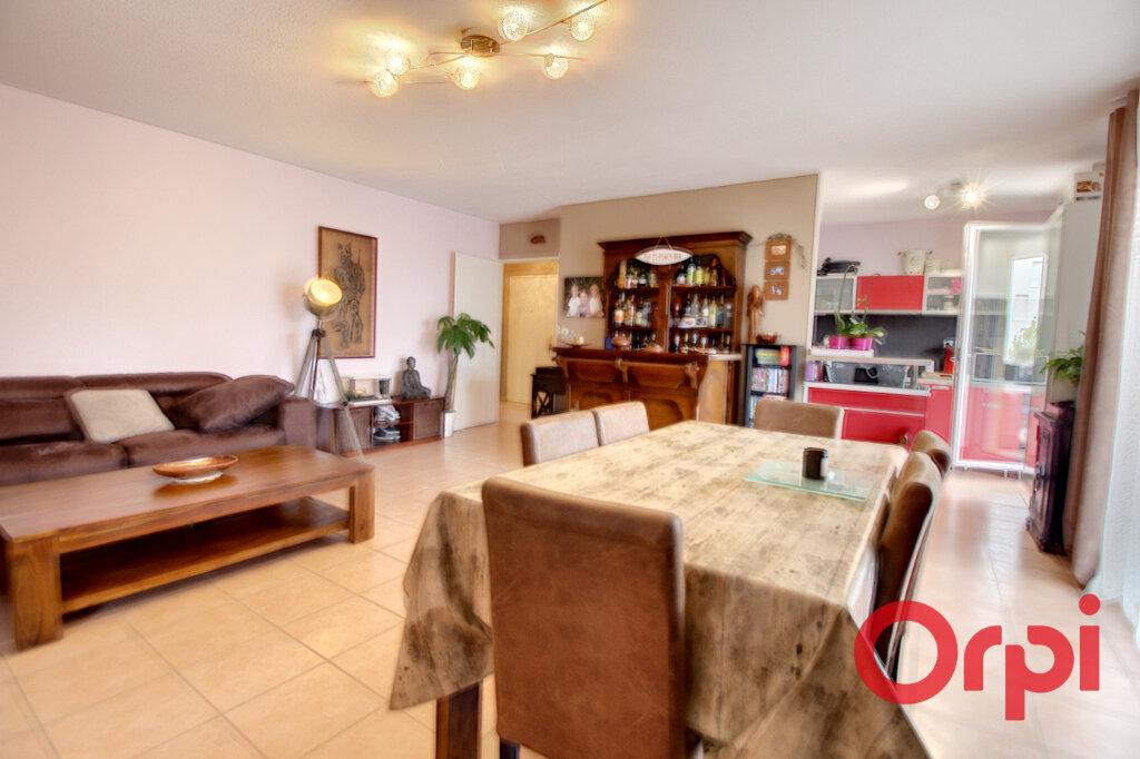 Appartement à vendre 4 104.62m2 à Marseille 9 vignette-1