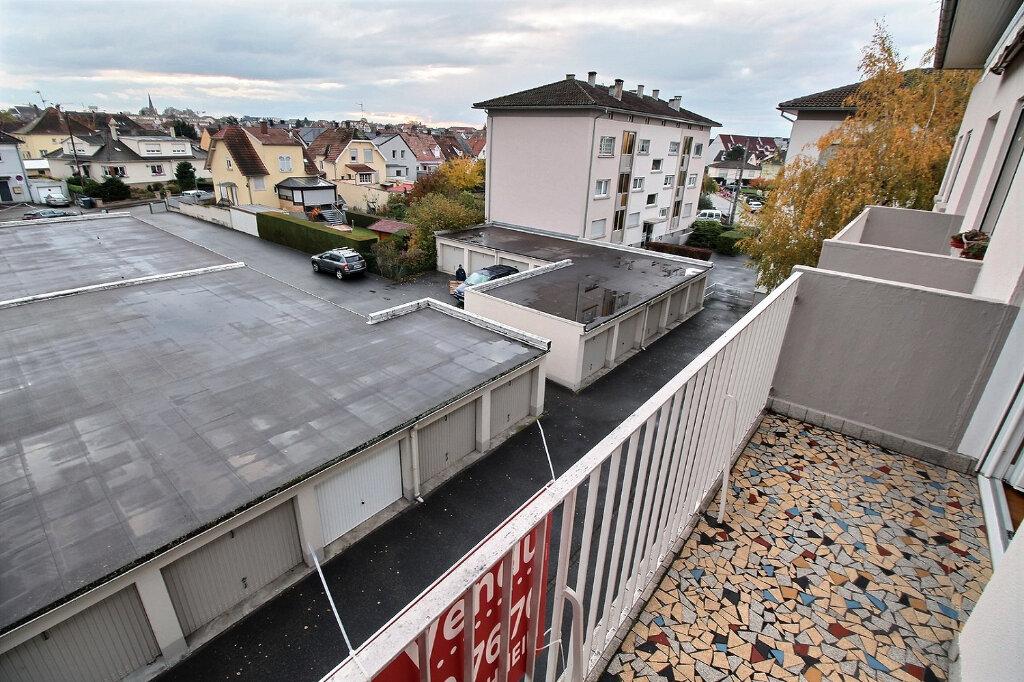Appartement à vendre 4 77.26m2 à Souffelweyersheim vignette-2