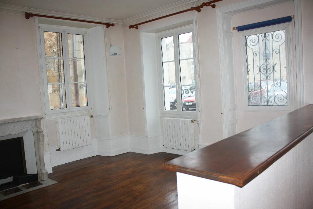 Maison à vendre 8 160m2 à Langres vignette-1