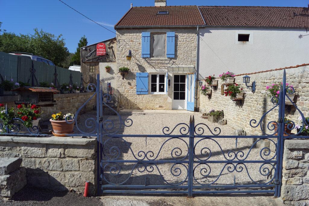 Maison à vendre 4 80m2 à Auberive vignette-1