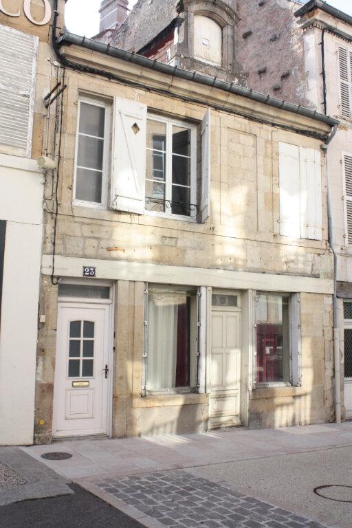 Maison à vendre 4 138m2 à Langres vignette-1