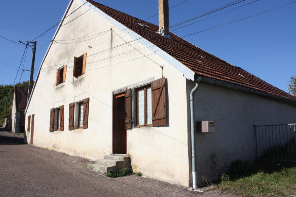 Maison à vendre 4 101m2 à Auberive vignette-1