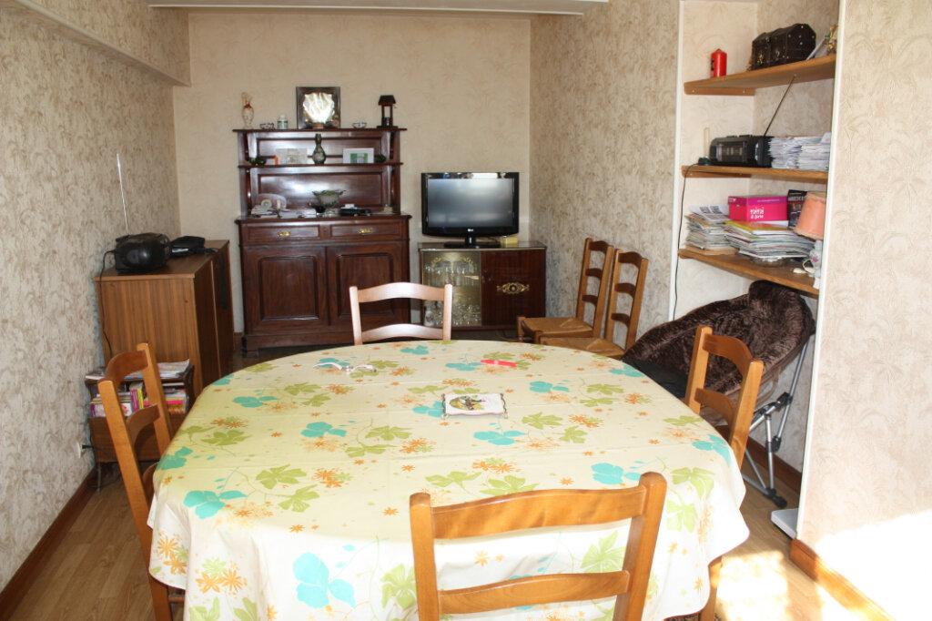 Maison à vendre 4 101m2 à Auberive vignette-4