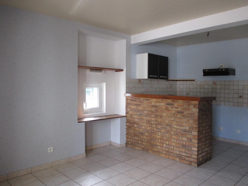 Maison à louer 2 65m2 à Marcilly-en-Bassigny vignette-1