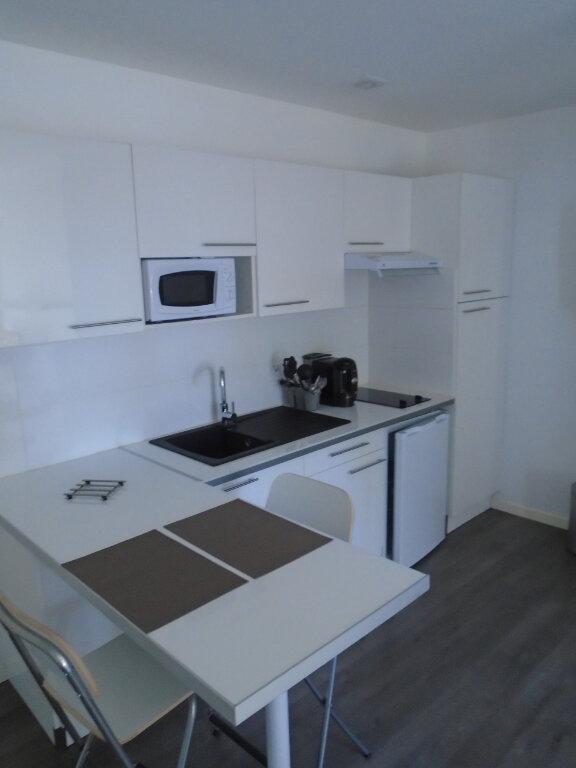 Appartement à louer 1 22m2 à Chaumont vignette-4
