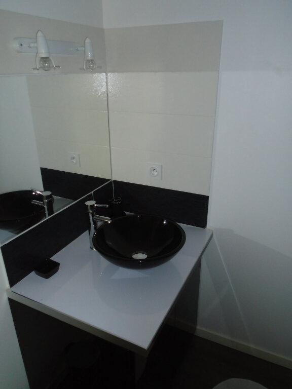 Appartement à louer 1 22m2 à Chaumont vignette-6