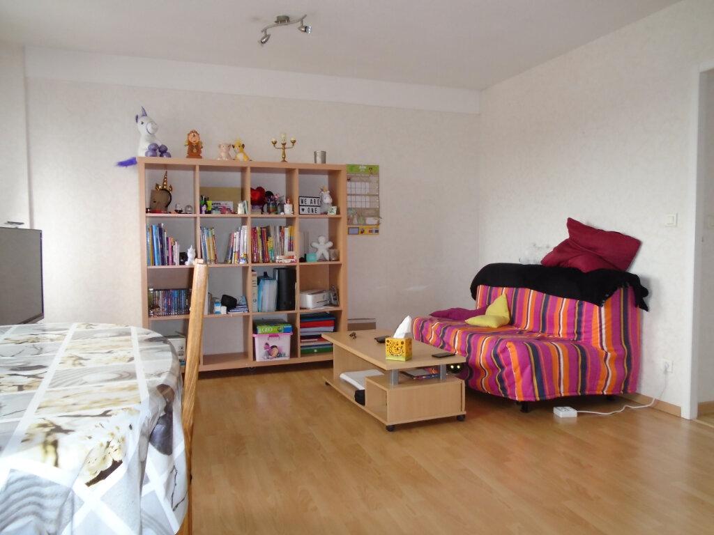 Appartement à louer 2 55m2 à Langres vignette-1