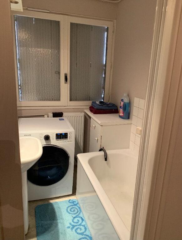 Appartement à louer 3 64m2 à Chalindrey vignette-6