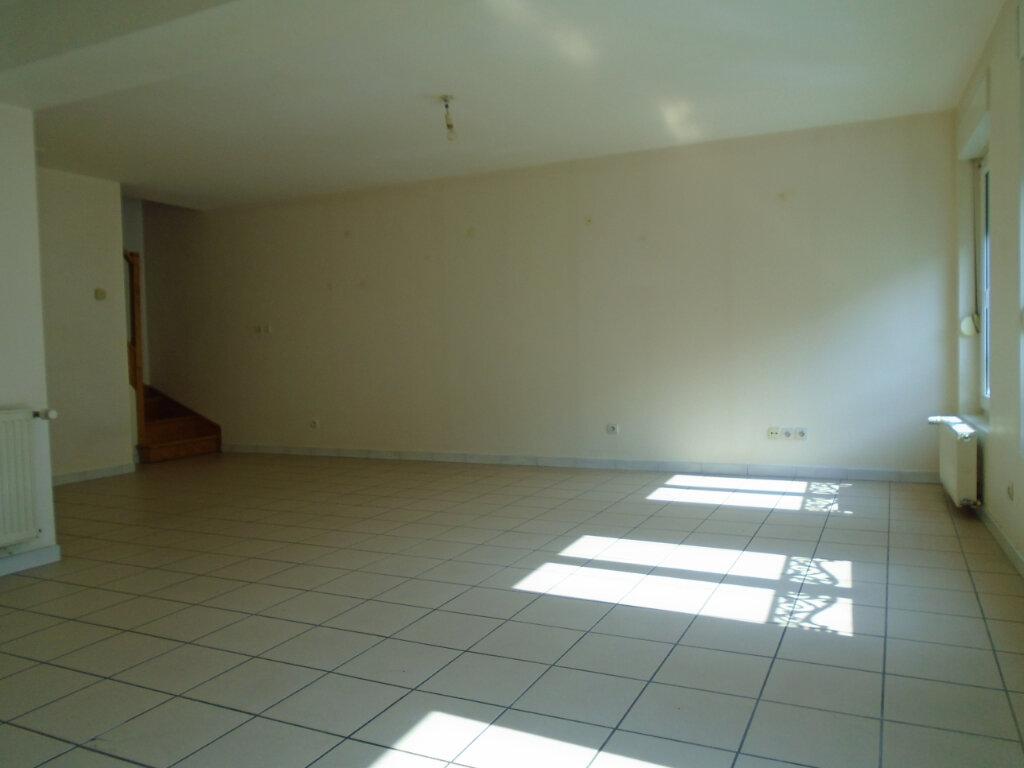 Appartement à louer 3 94m2 à Nogent vignette-1