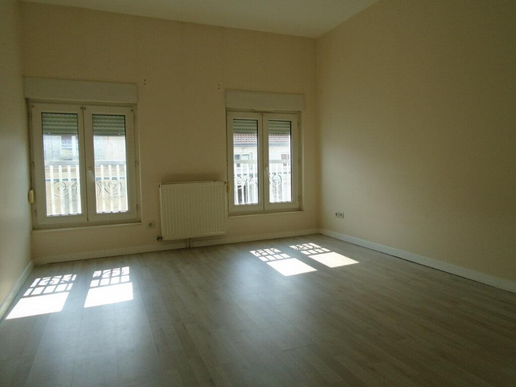 Appartement à louer 3 94m2 à Nogent vignette-4