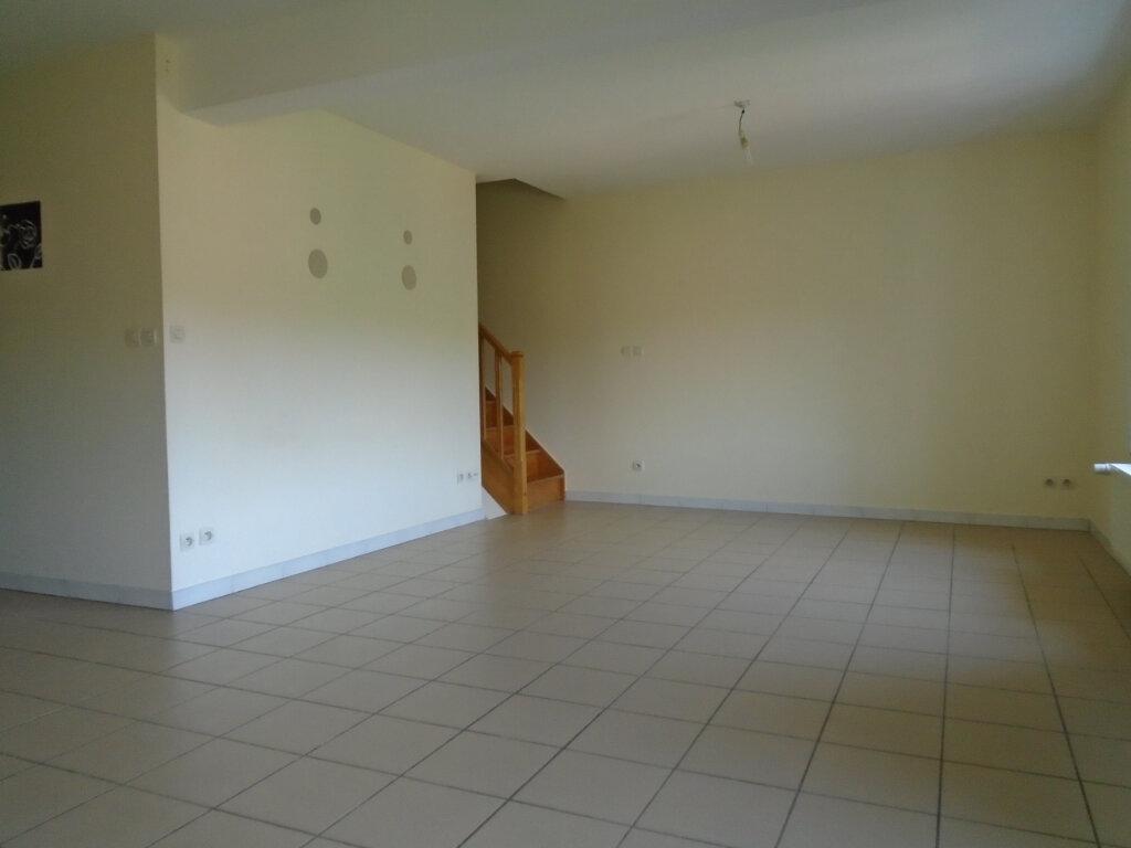 Appartement à louer 3 84m2 à Nogent vignette-1