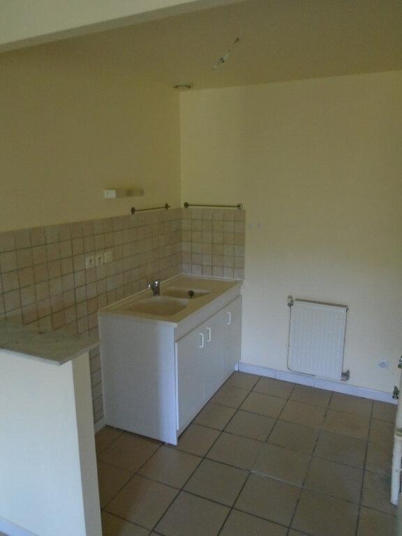 Appartement à louer 3 84m2 à Nogent vignette-3
