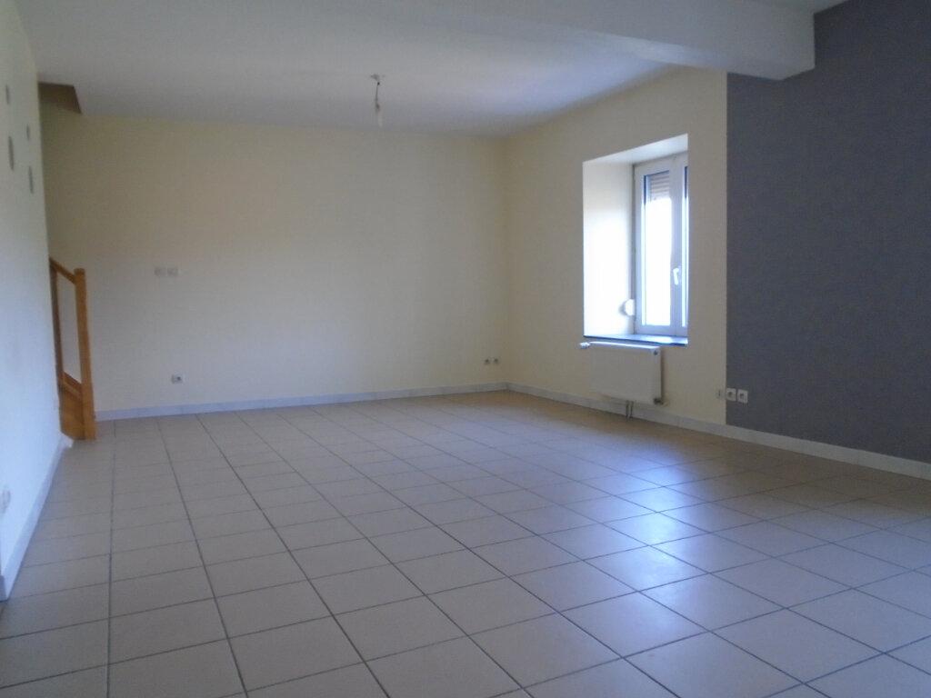 Appartement à louer 3 84m2 à Nogent vignette-4