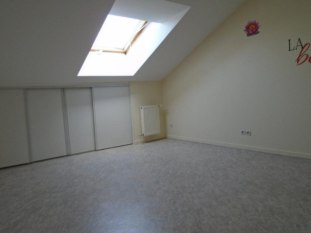 Appartement à louer 3 84m2 à Nogent vignette-7