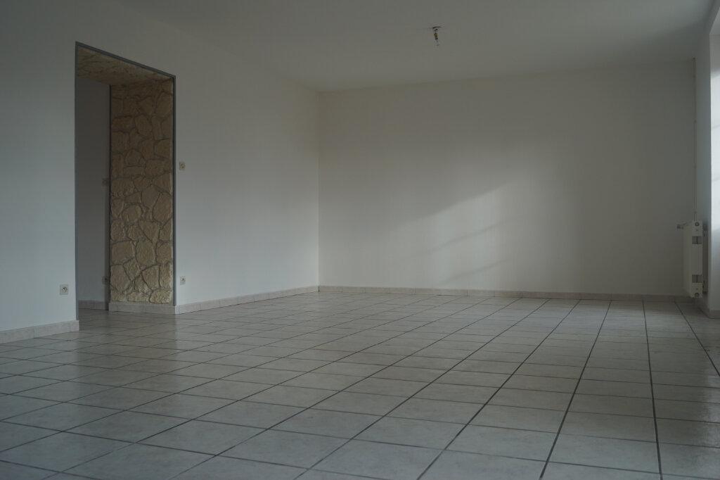 Maison à louer 4 118.09m2 à Chalindrey vignette-1