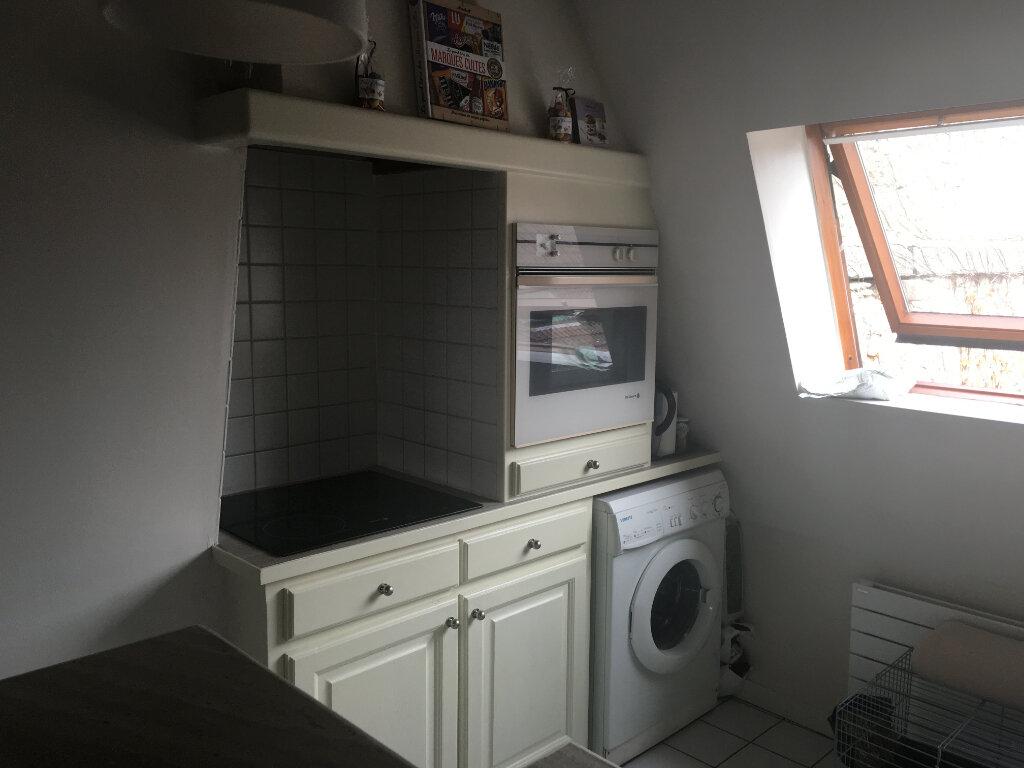 Appartement à louer 1 57m2 à Chaumont vignette-3