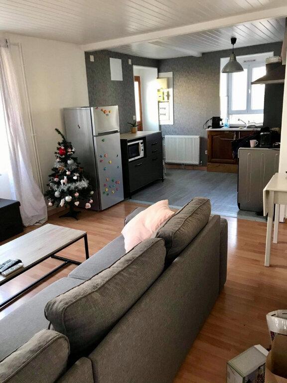 Maison à louer 3 55m2 à Champigny-lès-Langres vignette-1