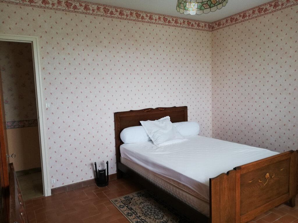Maison à vendre 5 130m2 à Orbigny vignette-3