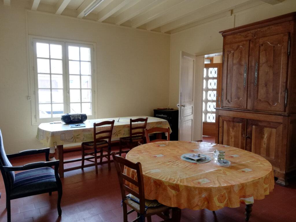 Maison à vendre 5 130m2 à Orbigny vignette-4