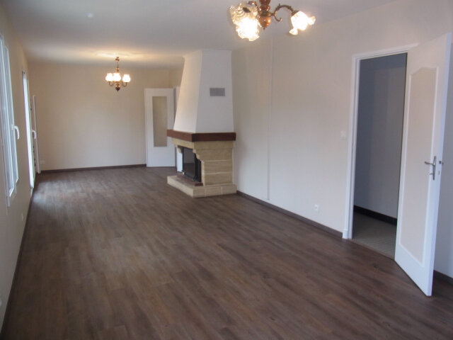 Maison à louer 4 87m2 à Mareuil-sur-Cher vignette-3