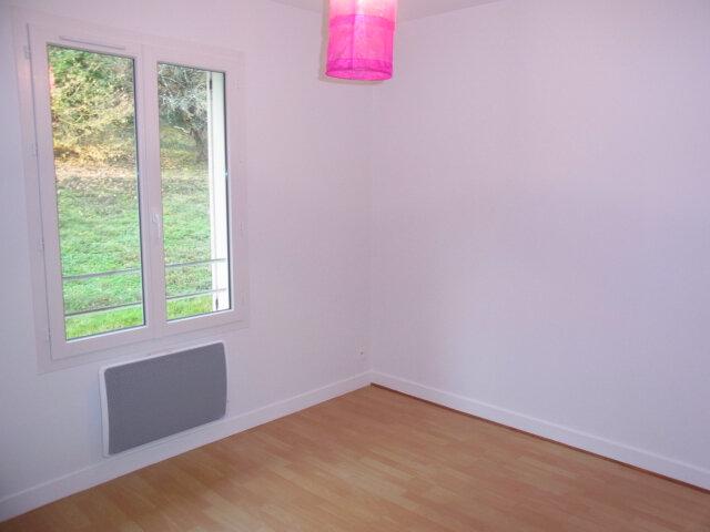 Maison à louer 4 87m2 à Mareuil-sur-Cher vignette-6