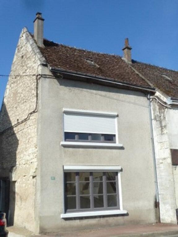 Maison à louer 3 46m2 à Noyers-sur-Cher vignette-1