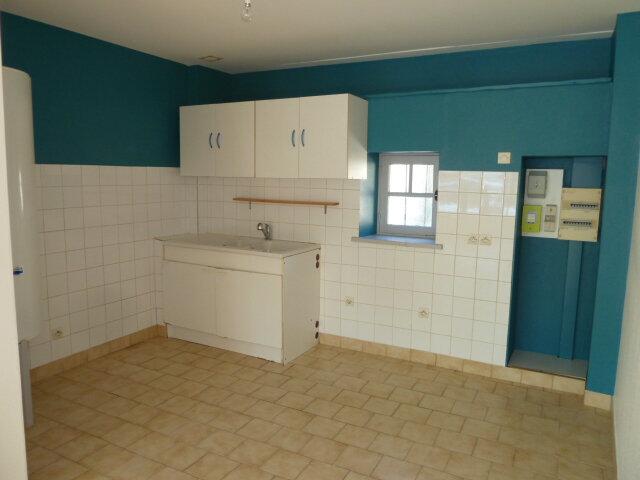 Maison à louer 3 46m2 à Noyers-sur-Cher vignette-4