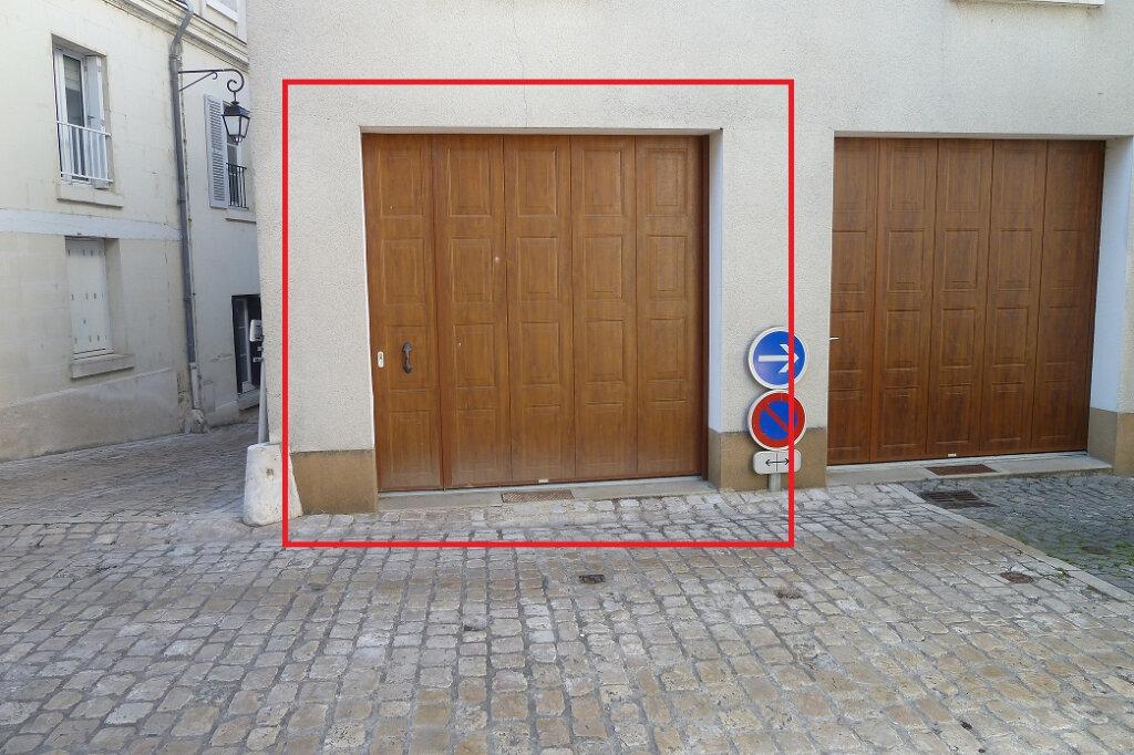 Stationnement à louer 0 0m2 à Saint-Aignan vignette-1