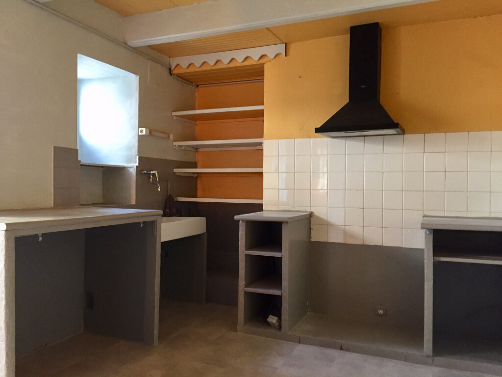 Maison à louer 5 103m2 à Plozévet vignette-2