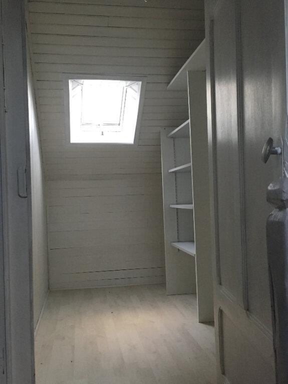 Maison à louer 5 103m2 à Plozévet vignette-9