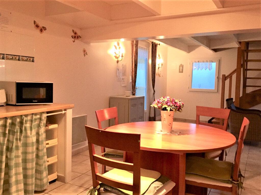 Maison à louer 5 89m2 à Beuzec-Cap-Sizun vignette-3