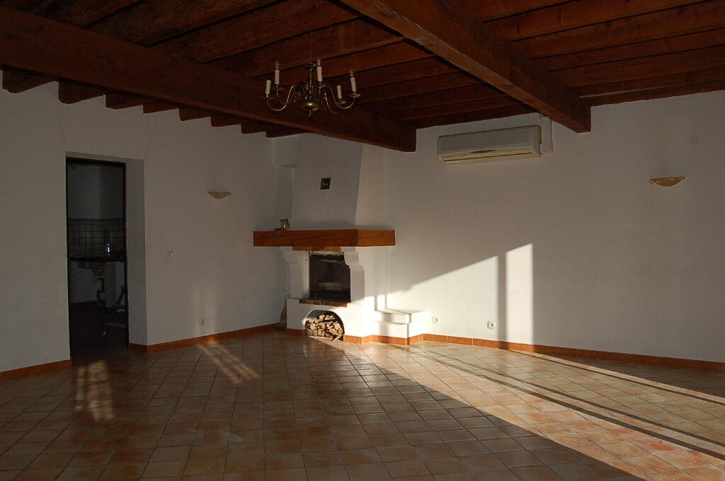 Maison à vendre 4 144m2 à Arles vignette-2