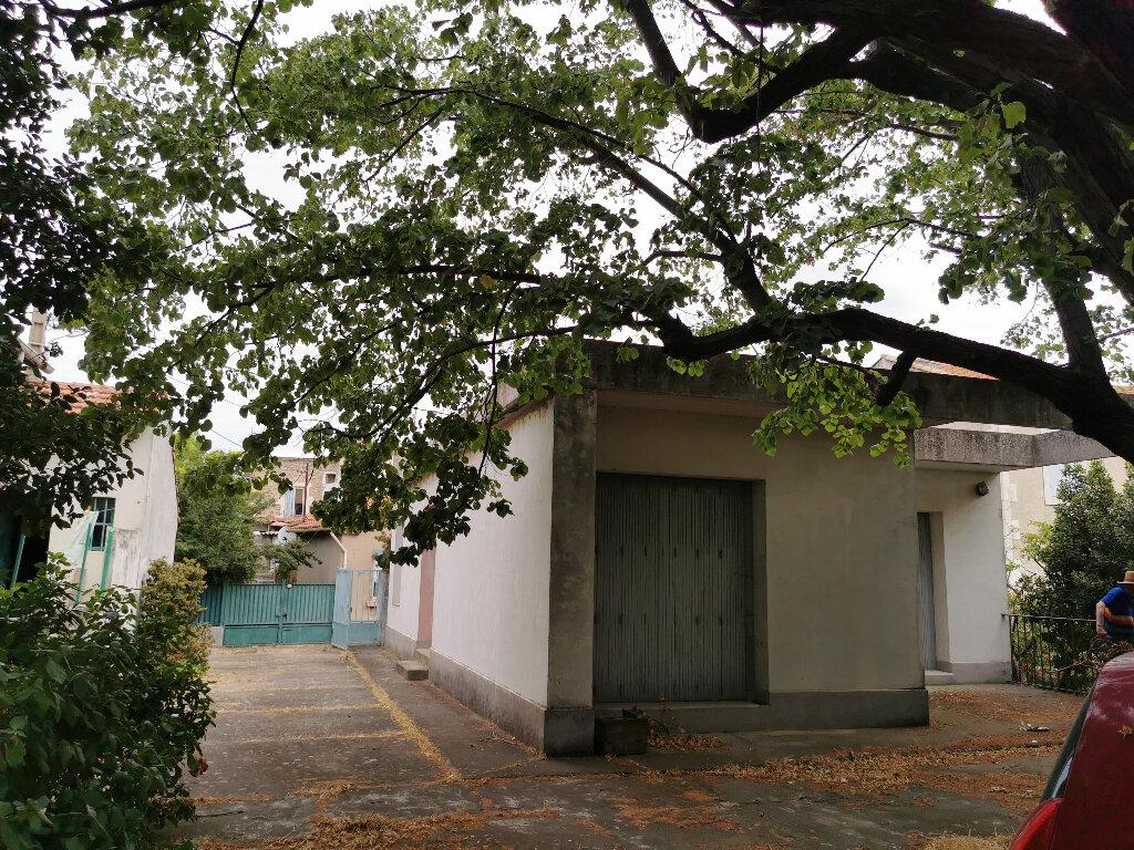 Maison à vendre 15 231.5m2 à Arles vignette-3