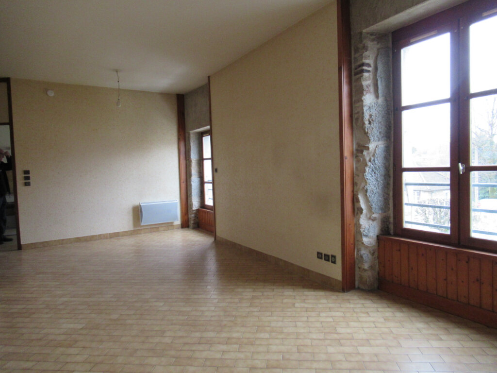 Appartement à vendre 3 73.5m2 à Arbois vignette-2