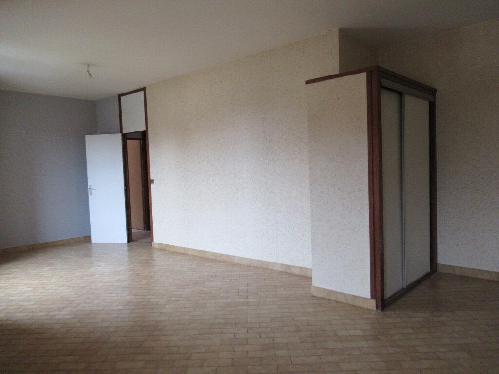Appartement à vendre 3 73.5m2 à Arbois vignette-3