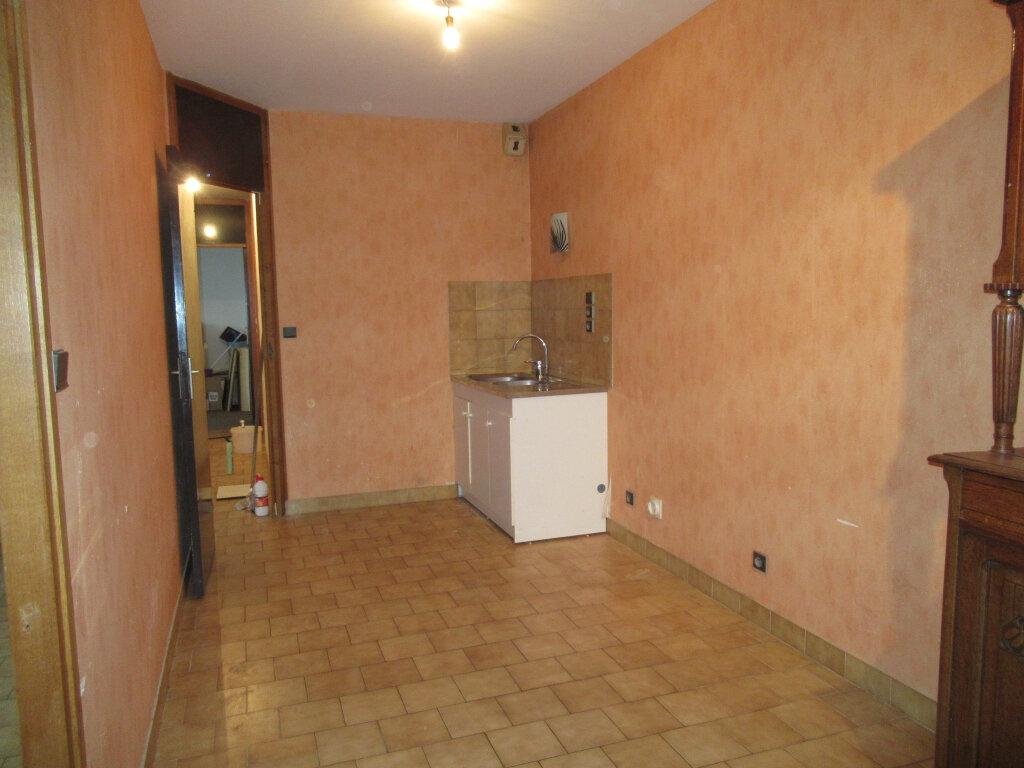 Appartement à vendre 3 73.5m2 à Arbois vignette-4