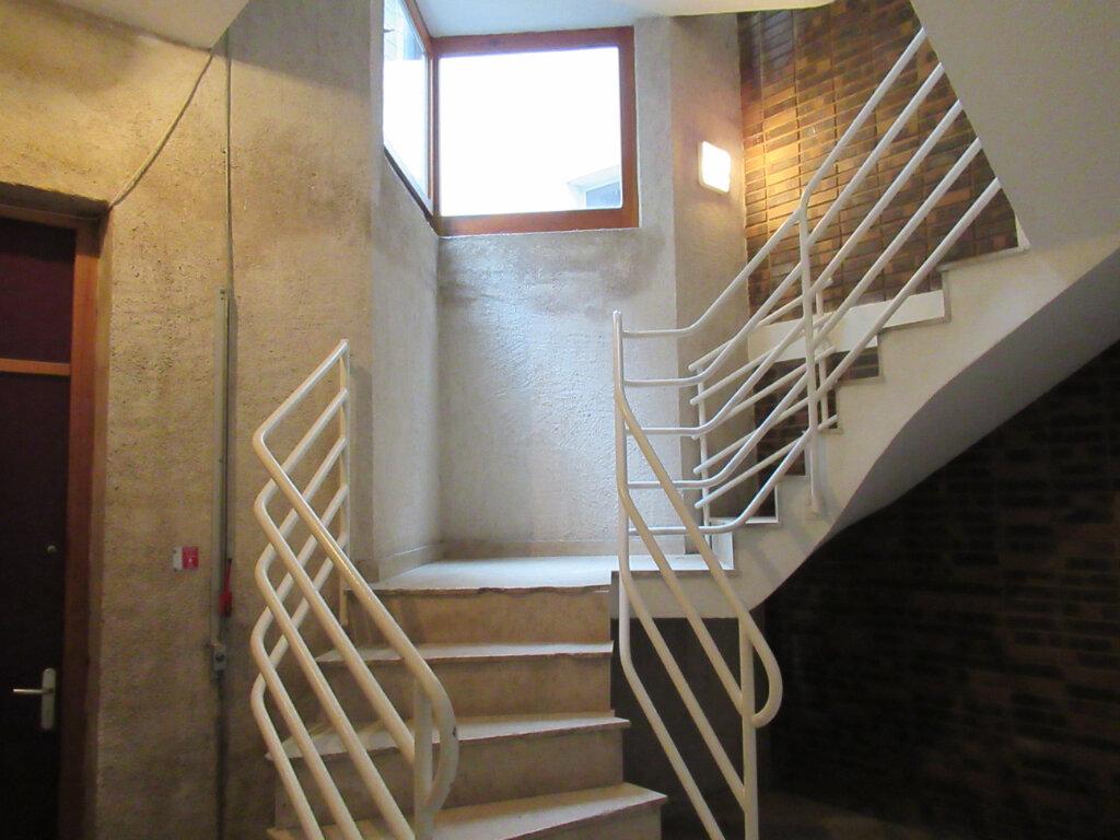 Appartement à vendre 3 73.5m2 à Arbois vignette-7