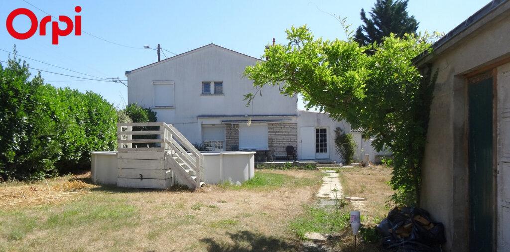 Maison à vendre 7 145m2 à L'Île-d'Elle vignette-2