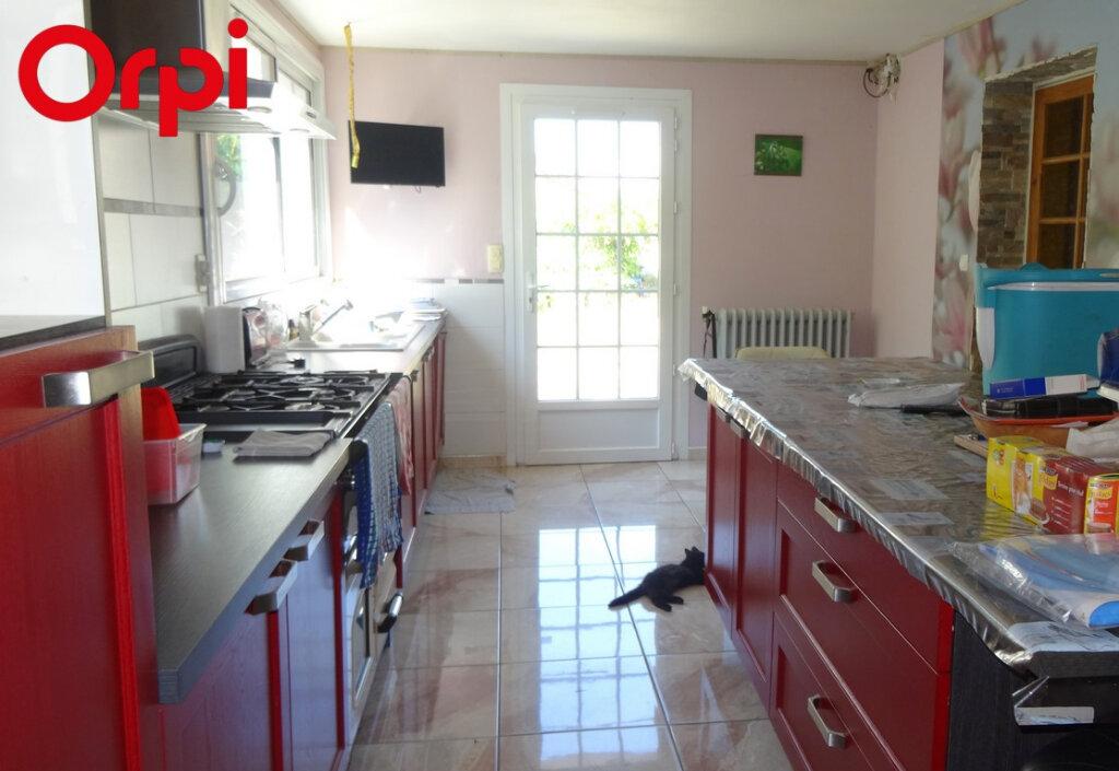Maison à vendre 7 145m2 à L'Île-d'Elle vignette-3