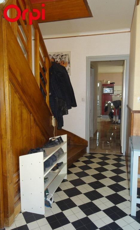 Maison à vendre 7 145m2 à L'Île-d'Elle vignette-4