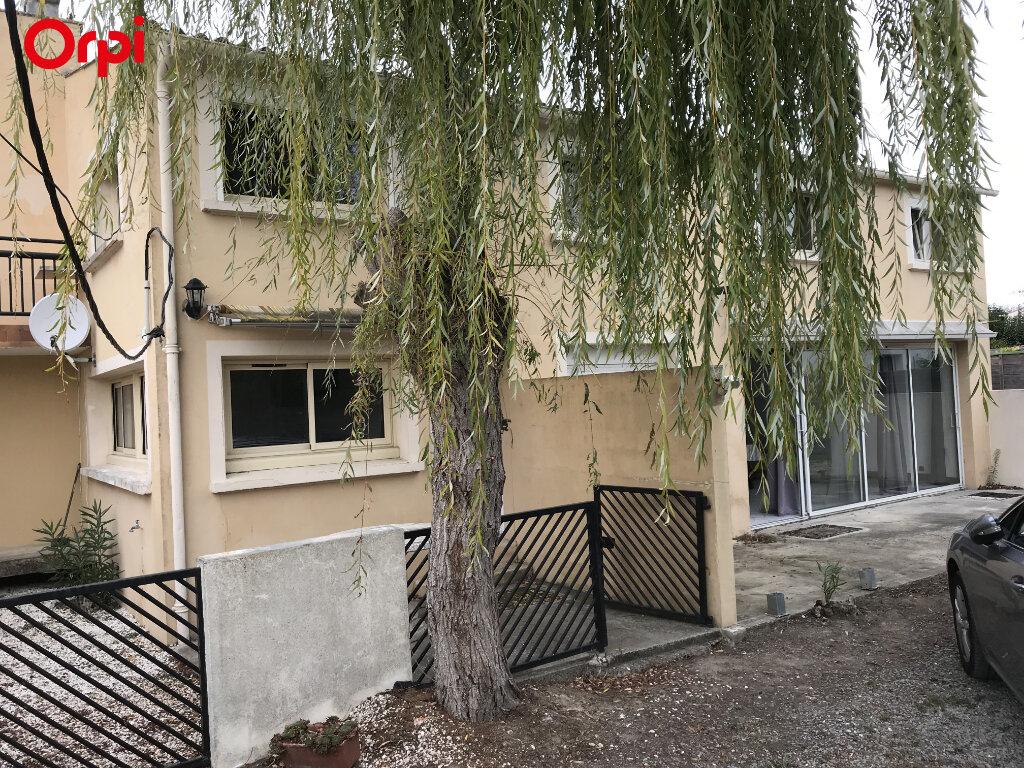 Maison à vendre 9 208m2 à Châtelaillon-Plage vignette-1