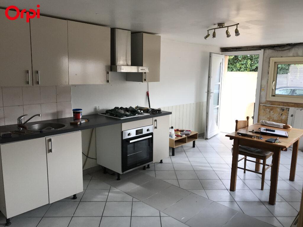 Maison à vendre 9 208m2 à Châtelaillon-Plage vignette-2