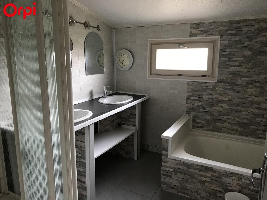 Maison à vendre 9 208m2 à Châtelaillon-Plage vignette-4