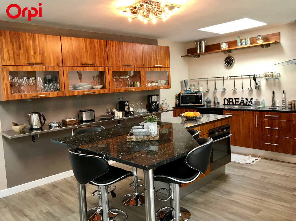 Maison à vendre 8 240m2 à Châtelaillon-Plage vignette-4