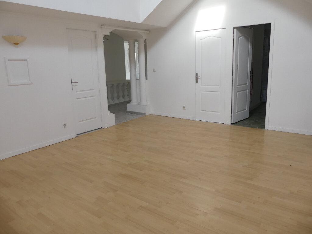 Maison à vendre 9 248.24m2 à Cers vignette-11