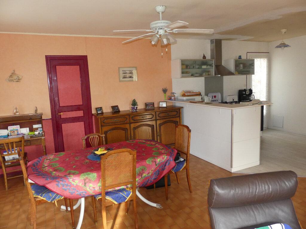 Maison à vendre 4 80m2 à Sauvian vignette-5