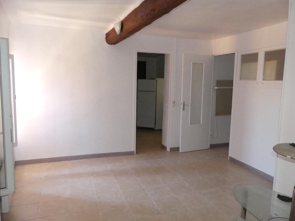 Appartement à louer 1 40m2 à Sérignan vignette-3