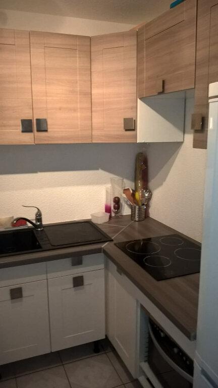 Appartement à vendre 2 28.7m2 à Saint-Mandrier-sur-Mer vignette-3
