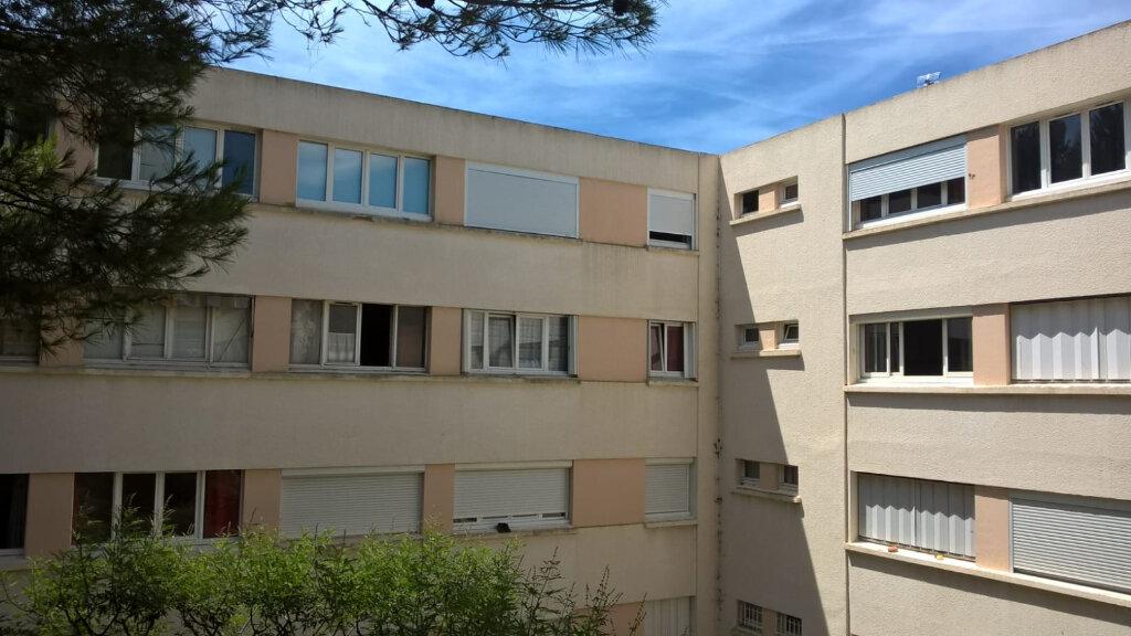 Appartement à vendre 2 28.7m2 à Saint-Mandrier-sur-Mer vignette-5